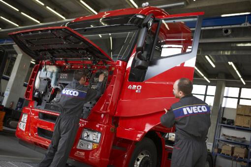 Reparaturwerkstatt IVECO Reparatur Nfz Schäflein Truck Service