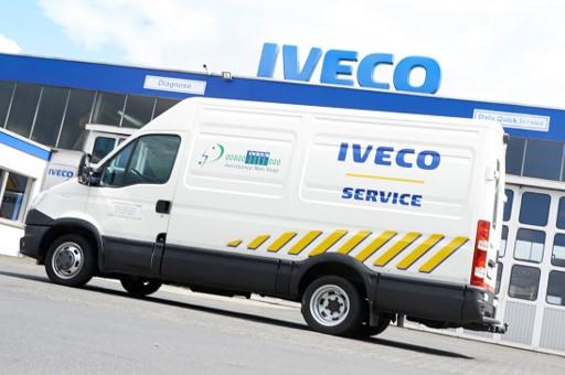 IVECO Servicewagen unterwegs Schweinfurt Röthlein bei LKW Panne