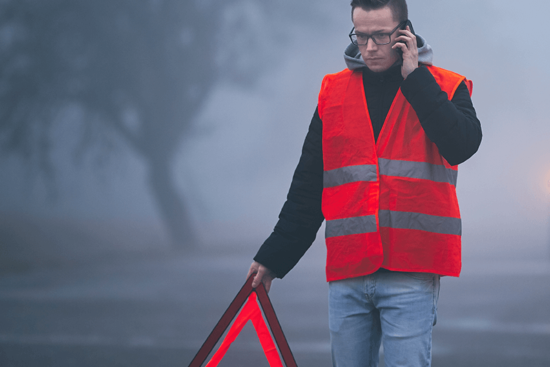 gelber Abschleppwagen Mobiler Pannendienst für Lkw und Nutzfahrzeuge im Raum Mainfranken der Schäflein Truck Service